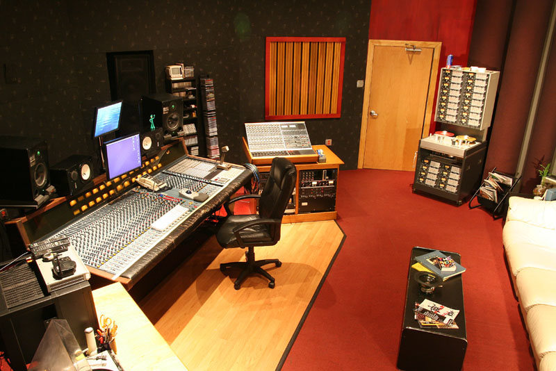 Brilliant Studios Downtown Recording Studio Louisville Kentucky Largest Home Design Picture Inspirations Pitcheantrous